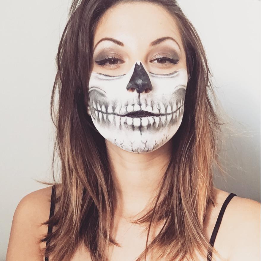 Maquillage machoire squelette - Maquillage squelette halloween ...