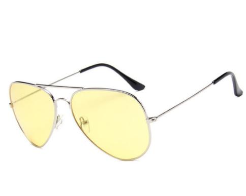 lunettes jaunes